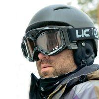Regala una maschera per fare snowboard, ma con una videocamera integrata!!!!! Il top!  #snowboard #regalo #tecnologico #videocamera #maschera