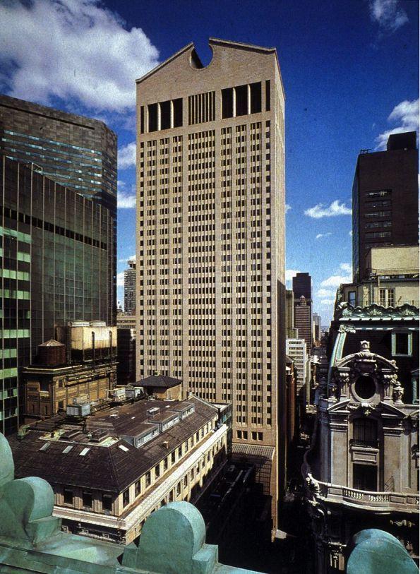 Филип Джонсон. Небоскреб AT&T Building