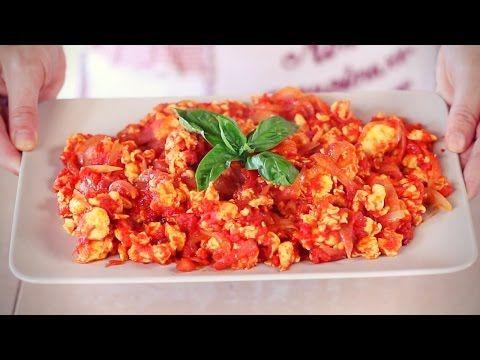 UOVA AL POMODORO Ricetta Salva Cena Facile e Veloce - Scrambled Eggs with Tomatoes Recipe - YouTube