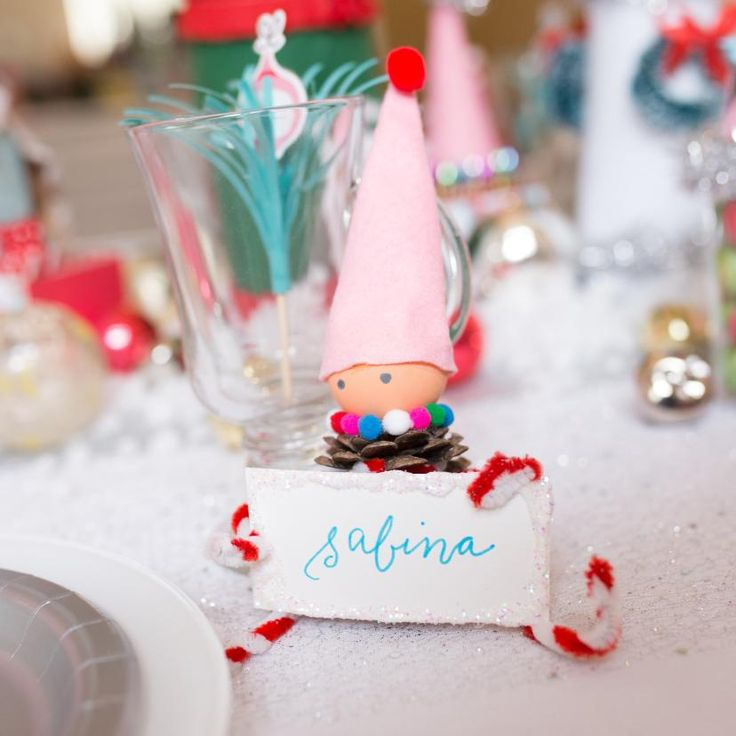 diy gnome place card holders