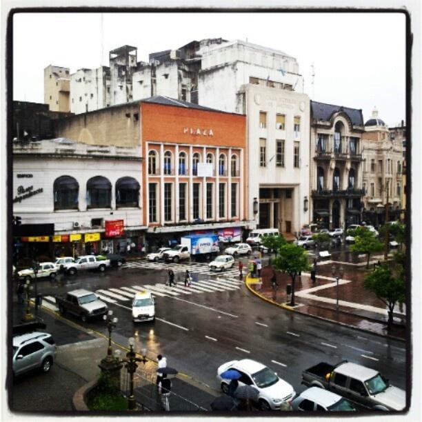 Ex cine Plaza en #Tucuman - Foto @Humberfoto