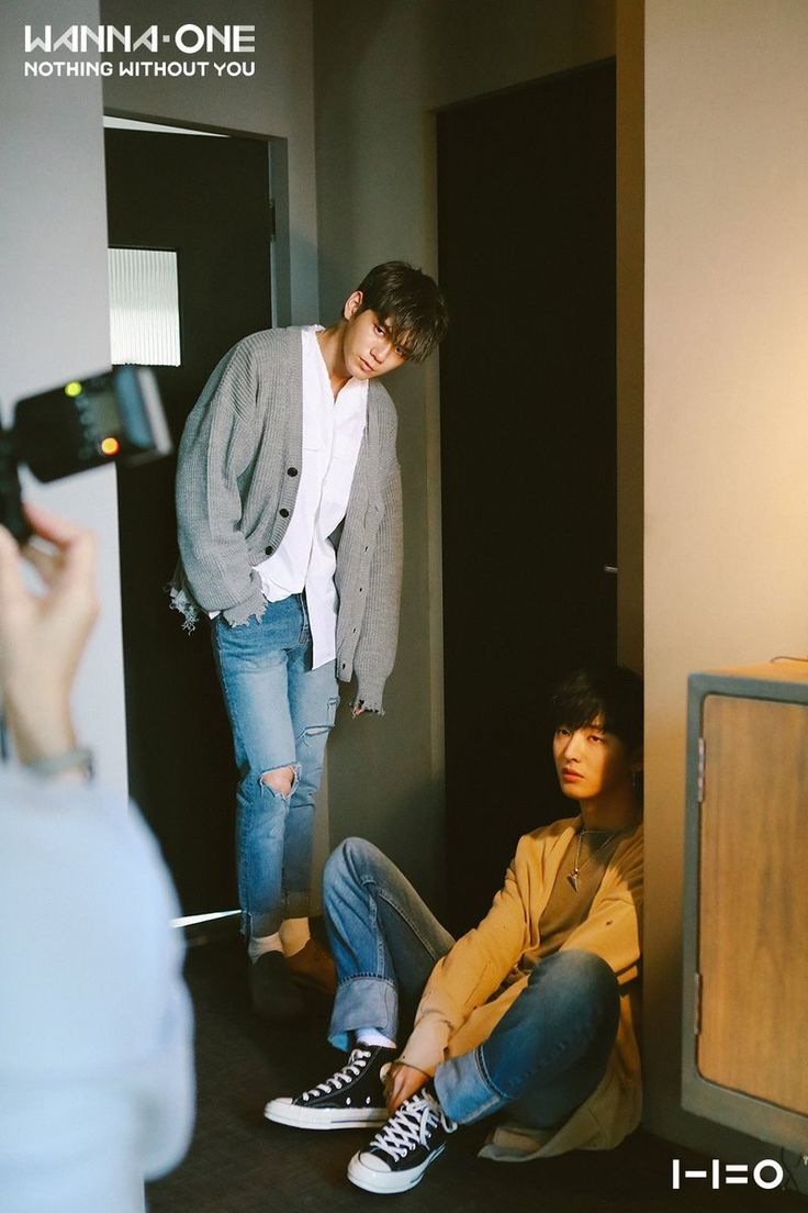 """"""" Wanna One's Behind the Scenes Photos """""""