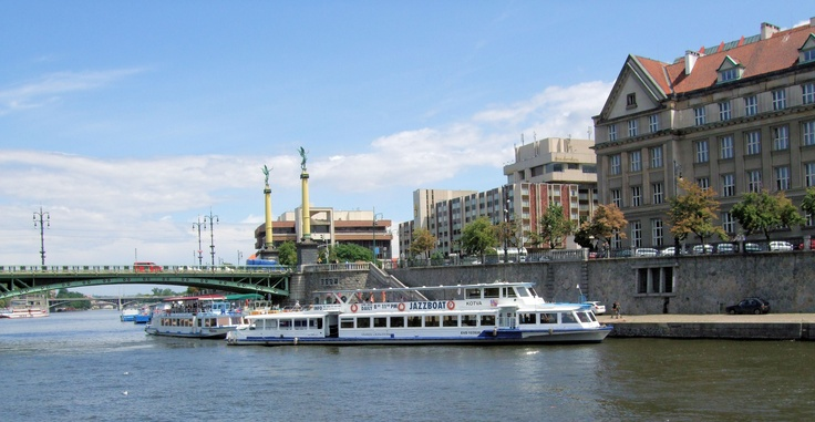 ENTERTAINMENT. Jazzboat. Jazzboat is a very popular Prague boat cruise presenting high quality live jazz concert.