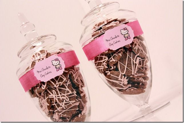 Oppskrift bittesmå cookies hello kitty - chocolate chip cookies