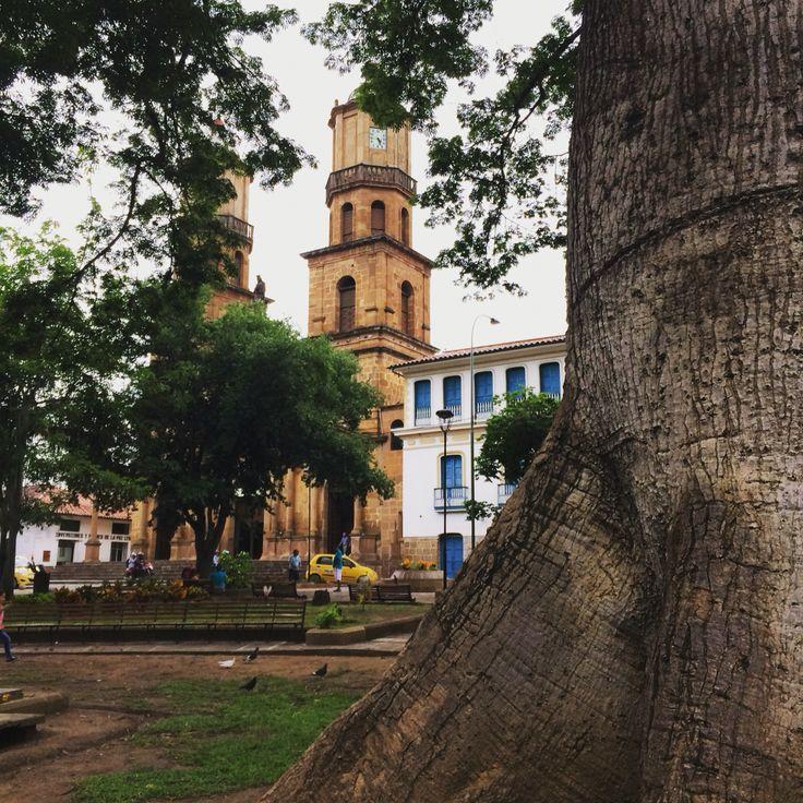Parroquia Santa Cruz San Gil Santander ⛪️ ✨29 de Mayo 2016✨