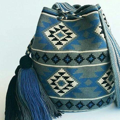 12 отметок «Нравится», 1 комментариев — wayuu bags... (@zeyn.ela) в Instagram: «#wayuu motifler bizden... #wayuuçanta #wayuubag #wayuubags»