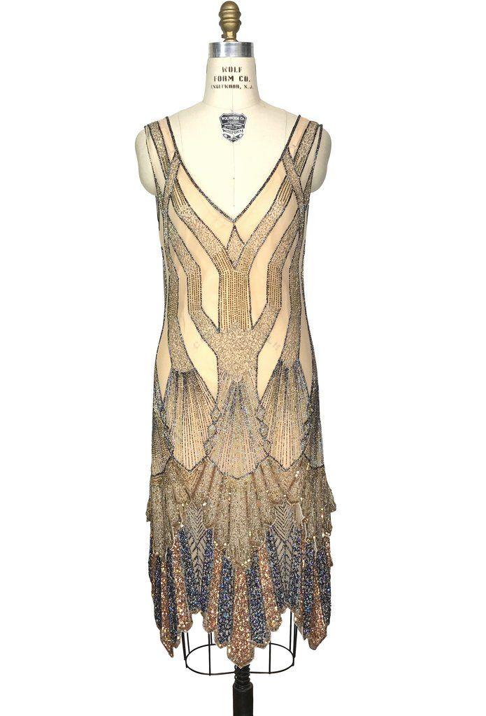 Pin By Pumpkin Tempo On Gorgeous 1920s Dress Art Deco Gown Art Deco Fashion Retro Fashion Vintage