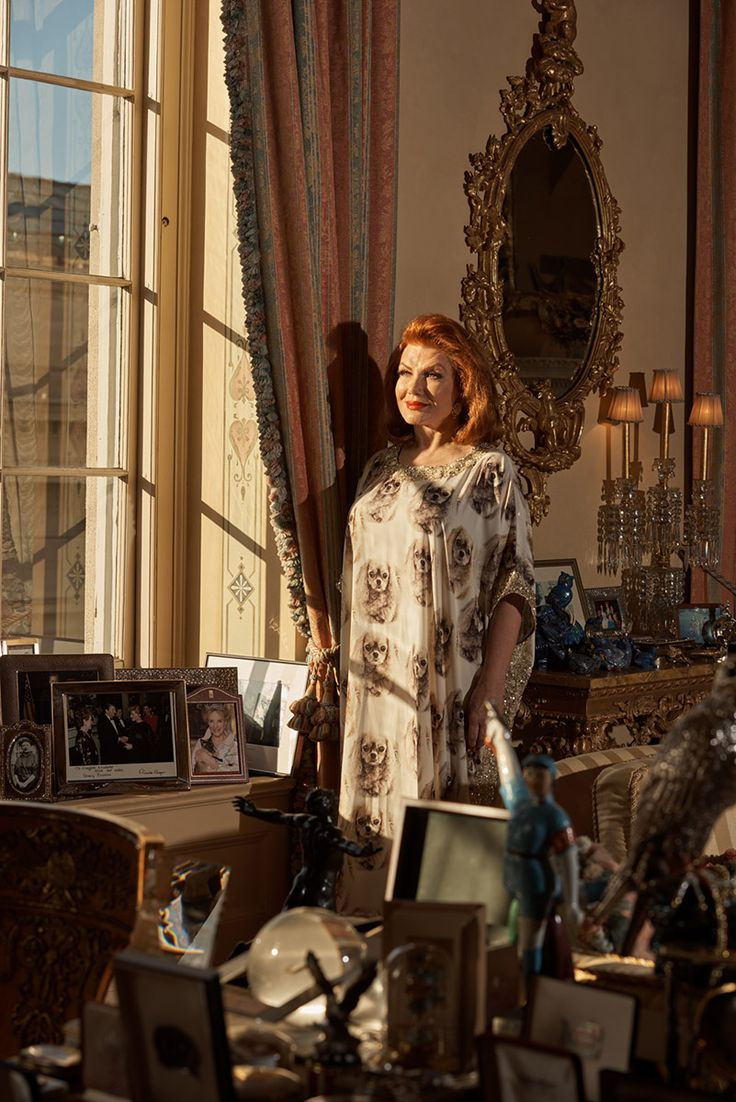 Georgette Mosbacher shot by Cait Oppermann for FT Weekend