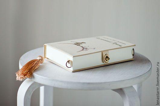 Женские сумки ручной работы. Клатч-книга