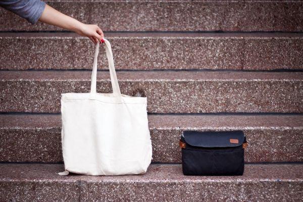 {The 'ONA' Any Bag Camera Bag Insert} Photojojo - turns any bag into a camera bag! want.