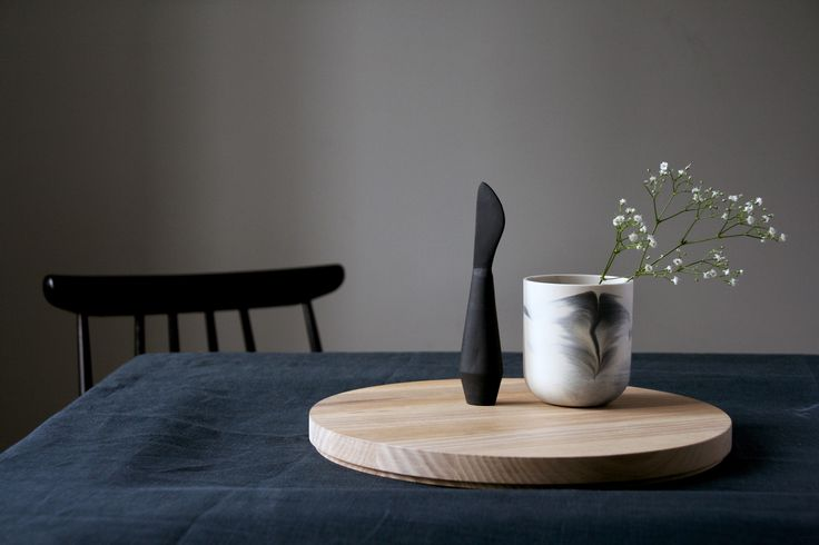 Marmoreal mug and Poiju (Buoy) butter knife Photo: Salla-Mari Kinnunen