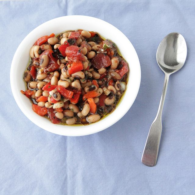 Black Eyed Pea Salad Recipe by The Sweetest Vegan, via Flickr