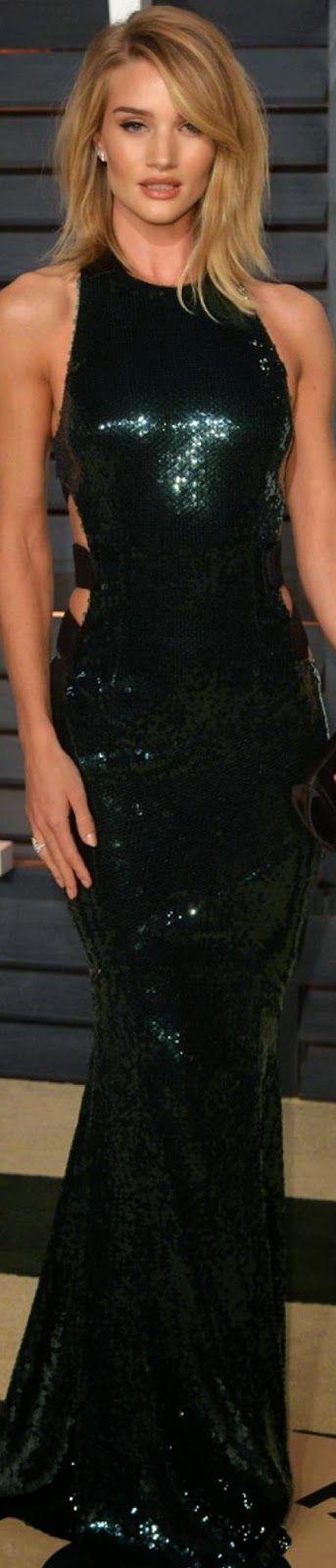 Rosie Huntington Whiteley 2015 Vanity Fair Oscar Party.. Alexandre Vauthier ❤