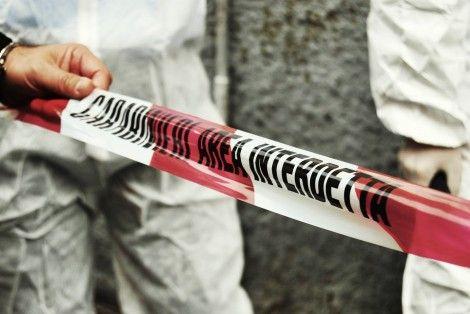 MILANO - Dopo l'ennesima lite, una giovane ragazza di 26 anni ha afferrato un coltello da cucina ed ha ucciso il compagno.