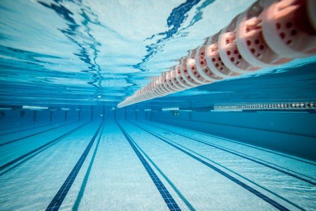 woughton swimming pool milton keynes 57 b sta bilderna om uk pool hoists p pinterest pooler