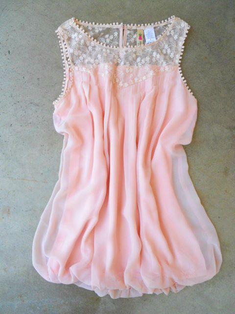 Softly Billowing Blouse : Vintage Inspired Clothing & Affordable Summer Frocks, deloom   Modern. Vintage. Crafted.