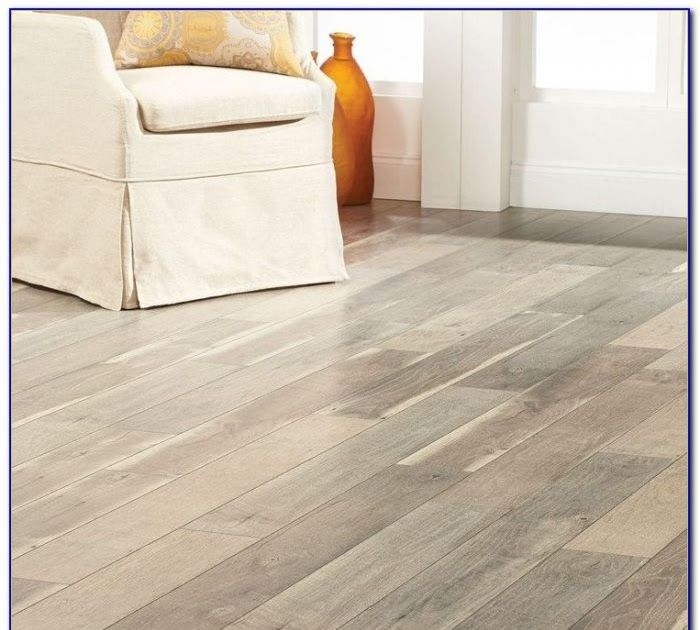 Home Decorators Collection Autumn Hickory Laminate In 2020 Flooring Home Decorators Collection Interlocking Flooring