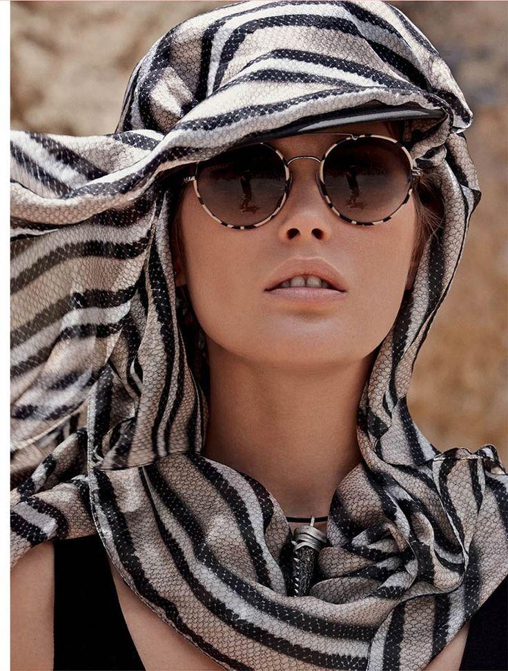 catherine mcneil mariano vivanco 3 Catherine McNeil Sports Safari Style for Vogue Russia by Mariano Vivanco