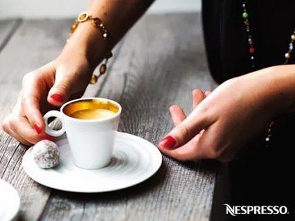 Nespresso cups and mini cakes