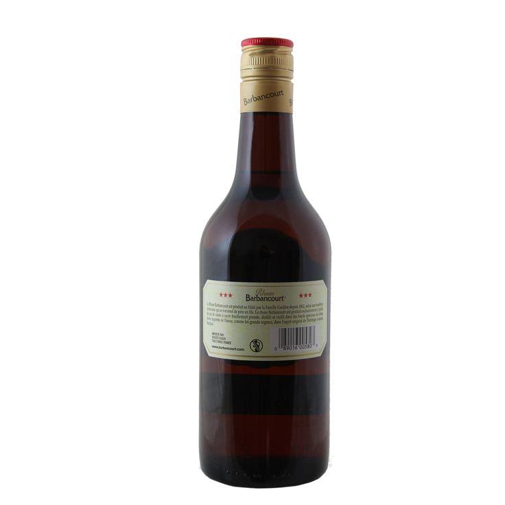 Kraftvoll und sanft, für Cocktails oder zum pur Trinken  Haitianische Tradition im Glas. Seit 150 Jahren gilt das Rezept für diesen Rum. Er kräftig genug, um Drinks seine spezielle Note zu verleihen und so sanft, um ihn auch pur oder auf Eis zu genießen.
