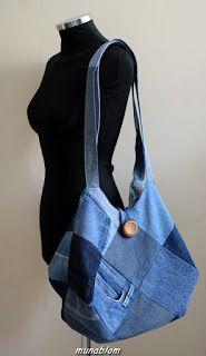 Sonny 02: Borsa ricavata da jeans blu di recupero in patchwork a quadri. Fodera interna in tela di cotone a disegno cachemire con tasca a toppa in denim. Chiusura tramite bottone e cappio.