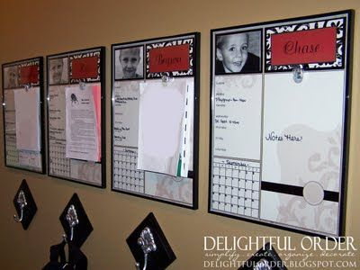 awesome example of how parents can help keep kids organized with homework! LOVE!