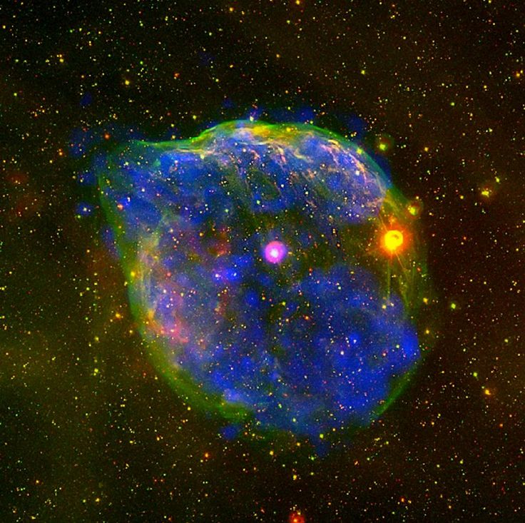 Best Nebulae Images On Pinterest The Universe Universe And - Heres hubbles first ever picture of the entire bubble nebula
