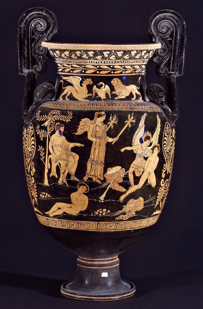 Cratere apulo a volute con supplizio di Teseo, IV a.C. Museo Archeologico Nazionale Jatta, Ruvo di Puglia. Cultura greca e magno-greca