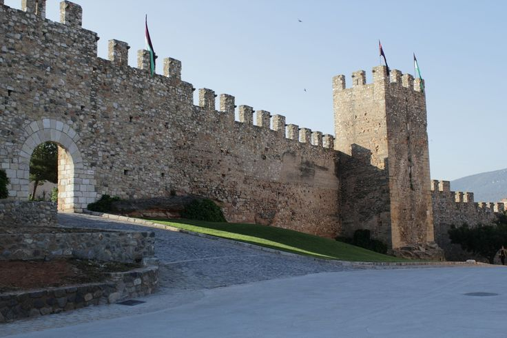 By Eduardo Gonzalez #montblancmedieval #Tarragona #Montblanc #Catalunya #Cataluña #Catalonia #Catalogne #turisme #tourisme #turismo #tourism #trip #travel #viatjar #viatge #viajar #viaje #muralla #Muraille #Citywall  #cultura #patrimoni #heritage #medieval
