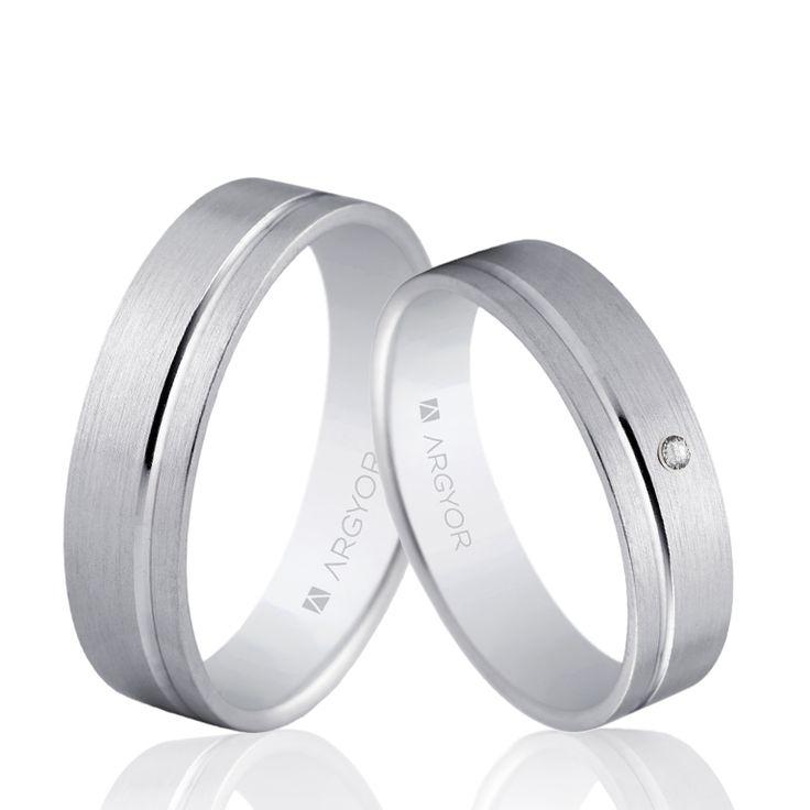 Una preciosa pareja de alianzas de oro blanco, con o sin diamante.