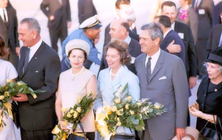 11-21-63: First Lady Jacqueline Kennedy (face not seen), Vice President Lyndon Johnson, Lady Bird Johnson, Nellie Connally and Gov. John Connally at the airport in Houston. Photo: Na, © Houston Chronicle / Houston Chronicle