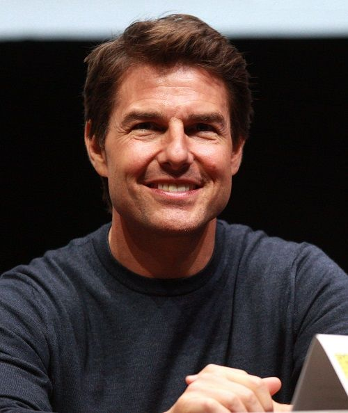 Tom Cruise's Face Injections - http://sugarsurgery.com/tom-cruises-face-injections/ #Filler_Injection, #Tom_Cruise There was a time back in the day when Tom Cruise was every lady's dream guy. After all, he was the leading man in such hit films likeJerry Maguire, Rain Man, Born on the Fourth of Julyand evenA Few Good Men.Then, time happened, mixed with a c ...