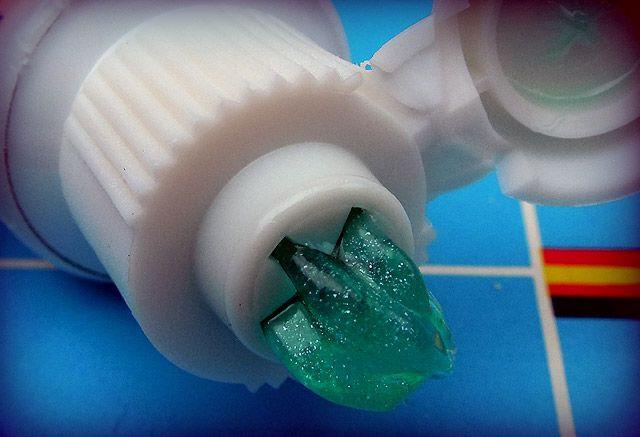 je me souviens de ce dentifrice