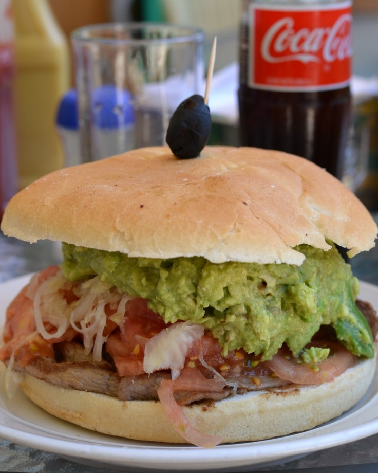 lomito sandwich recipe - Grilled pork + tomato + onions + avocado + mayo = yummyness!!!