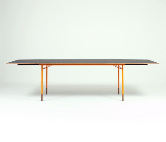Dining tables | Tables | Nyhavn | onecollection | Finn Juhl. Check it out on Architonic