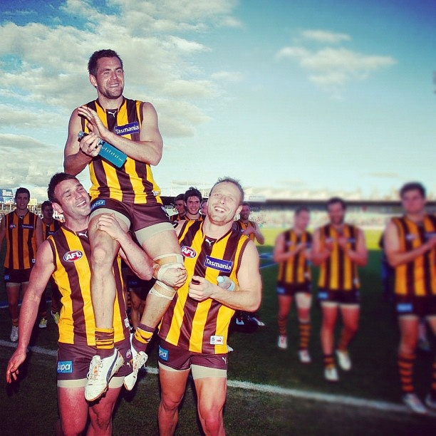 Luke Hodge chaired off after his 200th