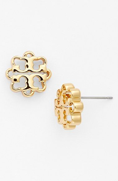 Tory Burch flower logo stud earrings http://rstyle.me/n/tyvghnyg6
