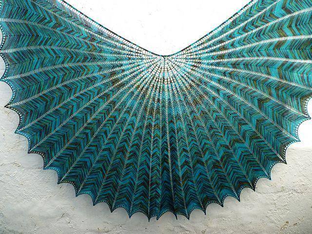 Stunning!  Ravelry: Hypernova - Shawl and Shawlette pattern by Arlene's World of Lace