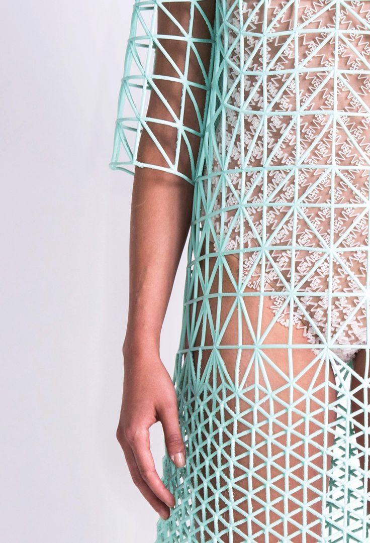 Danit Peleg Creates Full 3D-Printed Fashion Collection at Home