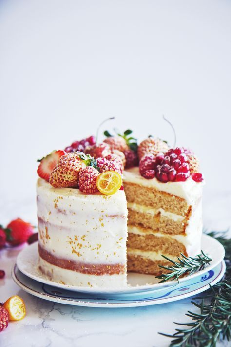 Almond and Orange Spice Cake | La Pêche Fraîche