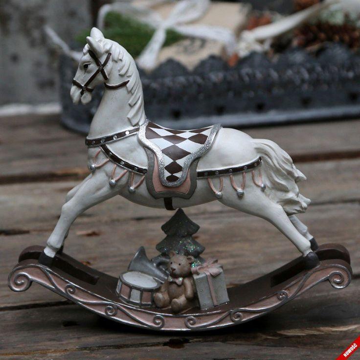 Konik na biegunach z prezentami w stylu vintage - NieMaJakwDomu