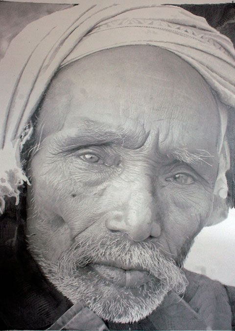 Paul Cadden - if you can do this with graphite and pastel, I can only imagine what you might do with Crayons.....