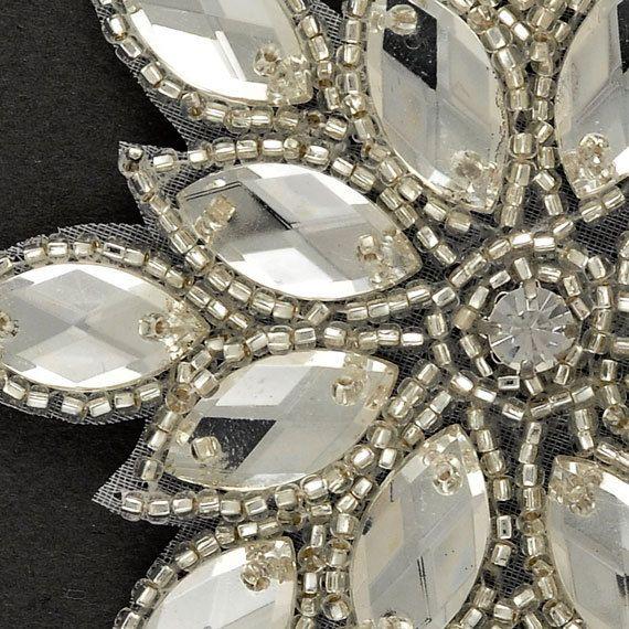 Diamantes de imitación con cuentas apliques por JoyceTrimming