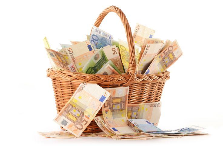 Pikalainaa kutsutaan myös nopea rahalainan joka on helposti saatavilla verkossa. Se vain vie muutaman minuutin täyttää sähköisen hakemuksen saada hyväksytyksi. Lainaa heti tilille http://www.lainaraha.org/lainaa-heti-tilille/ #LainaaHetiTilille