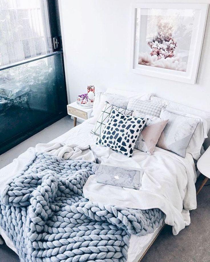 55 Best Home Decor Ideas: 55 Adorable Chunky Knits Blanket Decor Ideas