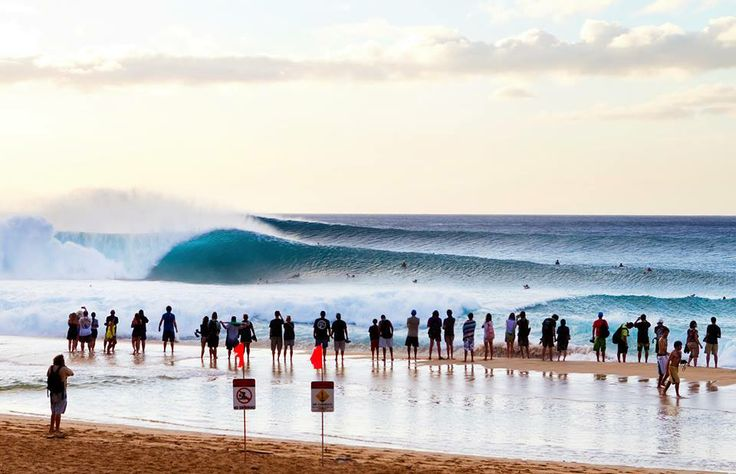 Final day of Pipemasters 2013