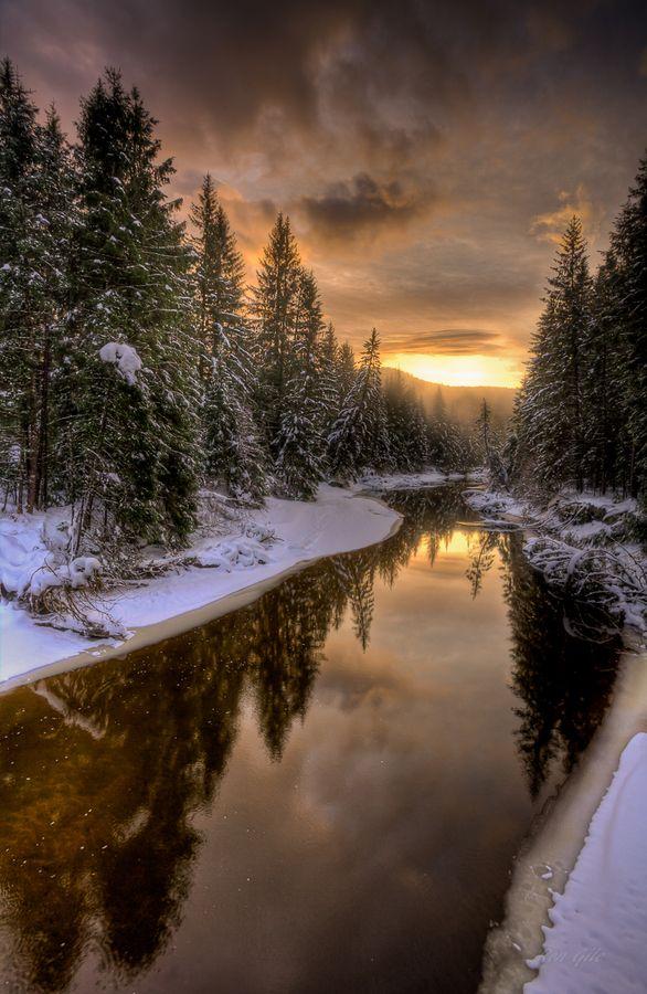 Herbert River, Alaska: Beautiful, Snow, Alaska, Winter Wonderland, Rivers T-Shirt, Herbert Rivers, Photo, Winter Sunsets