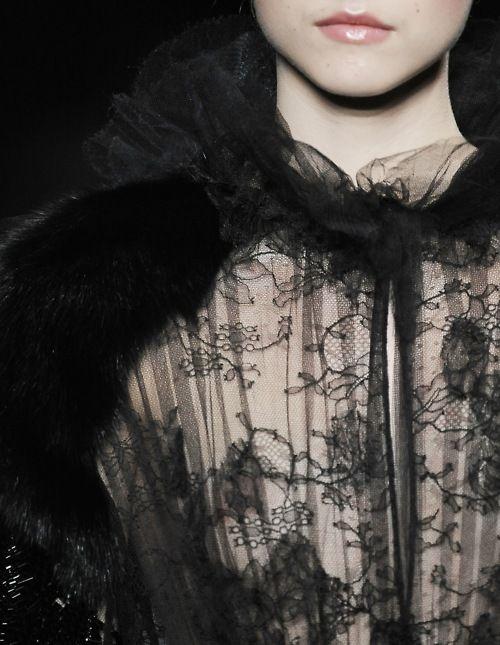 A lace Valentino blouseBlack Lace, Bigger Closets, Fashion Ropa, 2009 Couture, General Fashion, Beautiful Lace, Fancy Lace, Beautiful Fashion, Lace Valentino