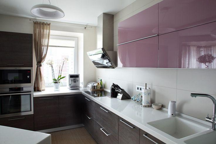 Кухня в светлых тонах. Угловая бюджетная кухня. #justhome #джастхоум #джастхоумдизайн  ❤️❤️❤️Just-Home.ru Бесплатный каталог дизайн проектов квартир. Более 900 практичных и бюджетных проектов. Переходите на сайт и выбирайте лучшее!  #дизайнкухня #кухня2016 #идеикухни #идеиинтерьеракухни #дизайнинтерьеракухни #кухнякомната #идеиремонтакухни #кухня #угловаякухня #бюджетныекухни #ремонтквартиры #дизайнпроектквартиры #стильныйинтерьер #идеидлядома #дизайнпроект