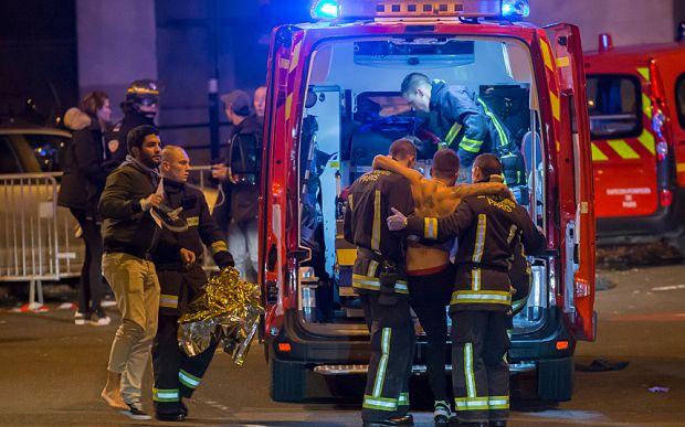Paris shooting: Scores killed and injured after 'Kalashnikov and grenade attacks' #shooting